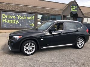 2012 BMW X1 28i  / NAVIGATION / SUNROOF / LEATHERETTE