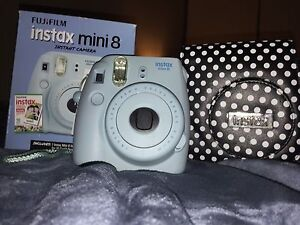 Instax mini 8       with case and box