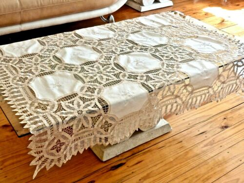 MAGNIFICENT HAND CRAFTED ECRU COTTON BATTENBURG LACE TABLECLOTH UNUSED