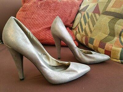Używany, BERSHKA Women's Stiletto Pump Heels Shoes Silver Sz US 6.5 EUR 37 na sprzedaż  Wysyłka do Poland