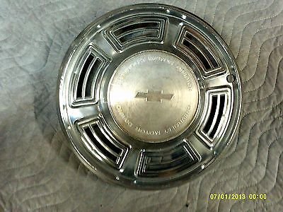 1970 chevy chevelle 14 inch hub cap original