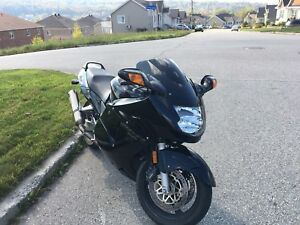 Cbr 1100xx blackbird (sport tourring 565$ plaque)