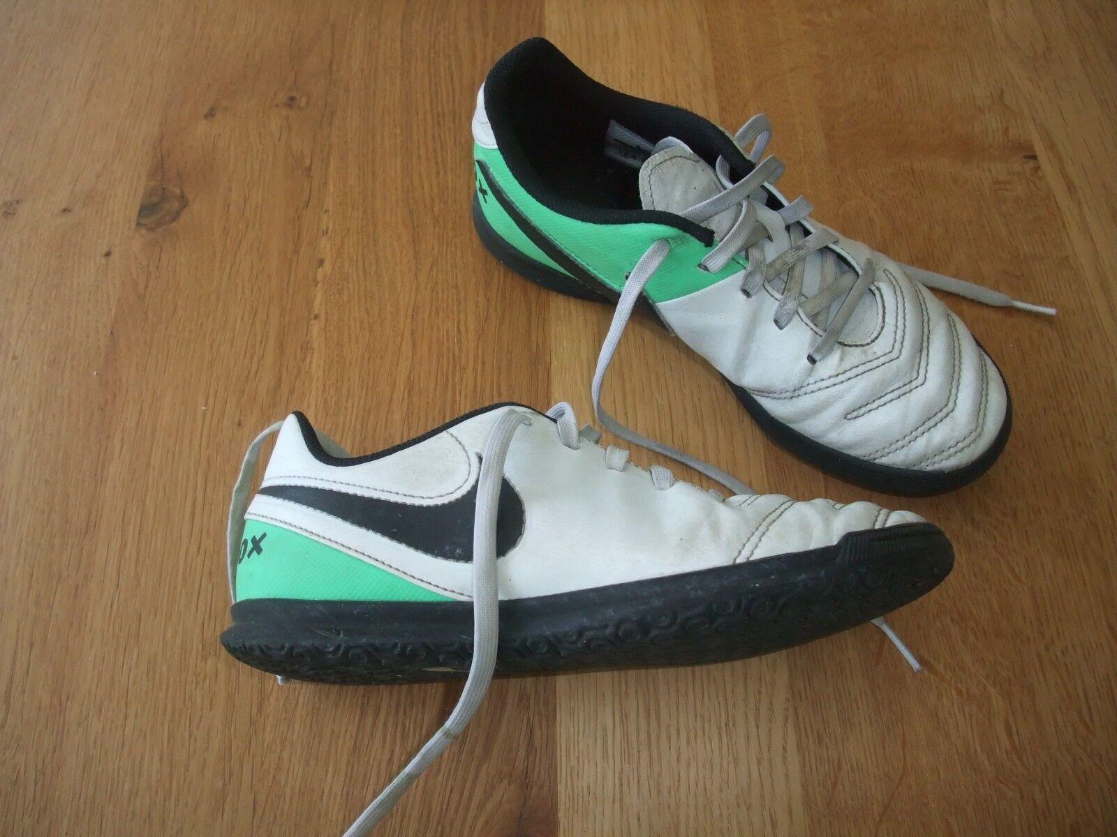 Nike Tiempo hallenschuhe Sportschuhe Fußballschuhe 36,5