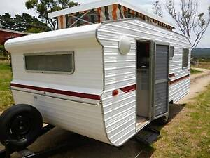 VERY CLEAN 1980 SPACELINE WITH BUNKS ( 5 birth ) Hahndorf Mount Barker Area Preview
