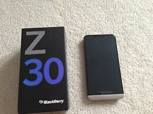 Blackberry Z30**Telus**Like Brand New**