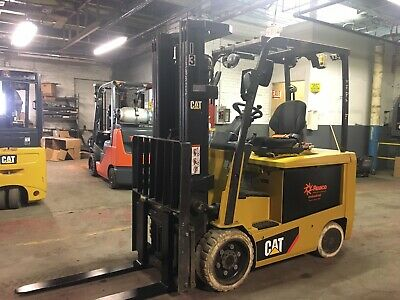 2016 Cat 6000 Lb Electric Forklift With Side Shift And Triple Mast