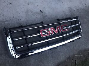 2013 GMC Sierra 1500 grille, new in box (fits 2007 to 2013)