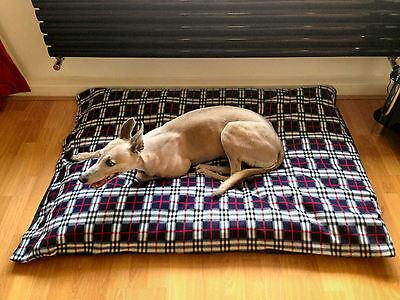KosiPet® Medium Navy Plaid Fleece Budget Economy Fibre Cushion Dog -