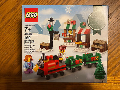LEGO 40262 Holiday Christmas Train Ride Town Square Sealed