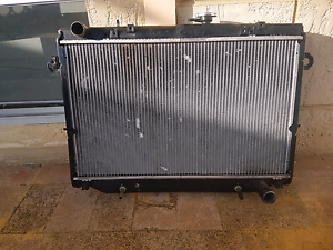 Fzj105 radiator 100 series Rockingham Rockingham Area Preview