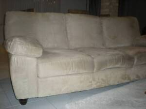 Lounge / Couch