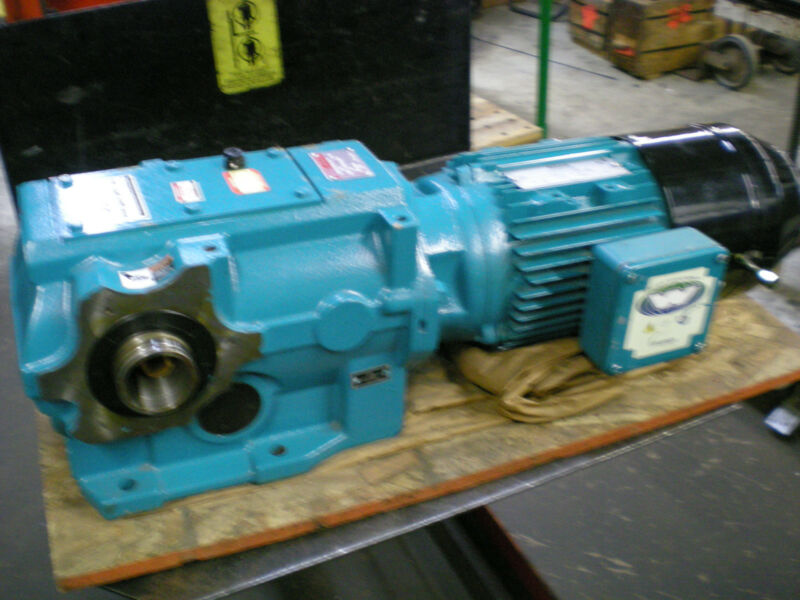 Rexnord Right Angle Bevel Gear Reducer w/brakemotor 54 RPM, 2342 lb/in Output