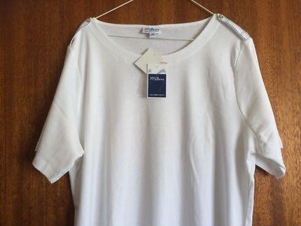 Women's cotton white t-shirt $5