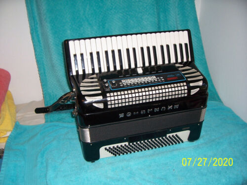Excelsior  Midivox III  120 Bass MIDI Accordion nice used Accordian 312