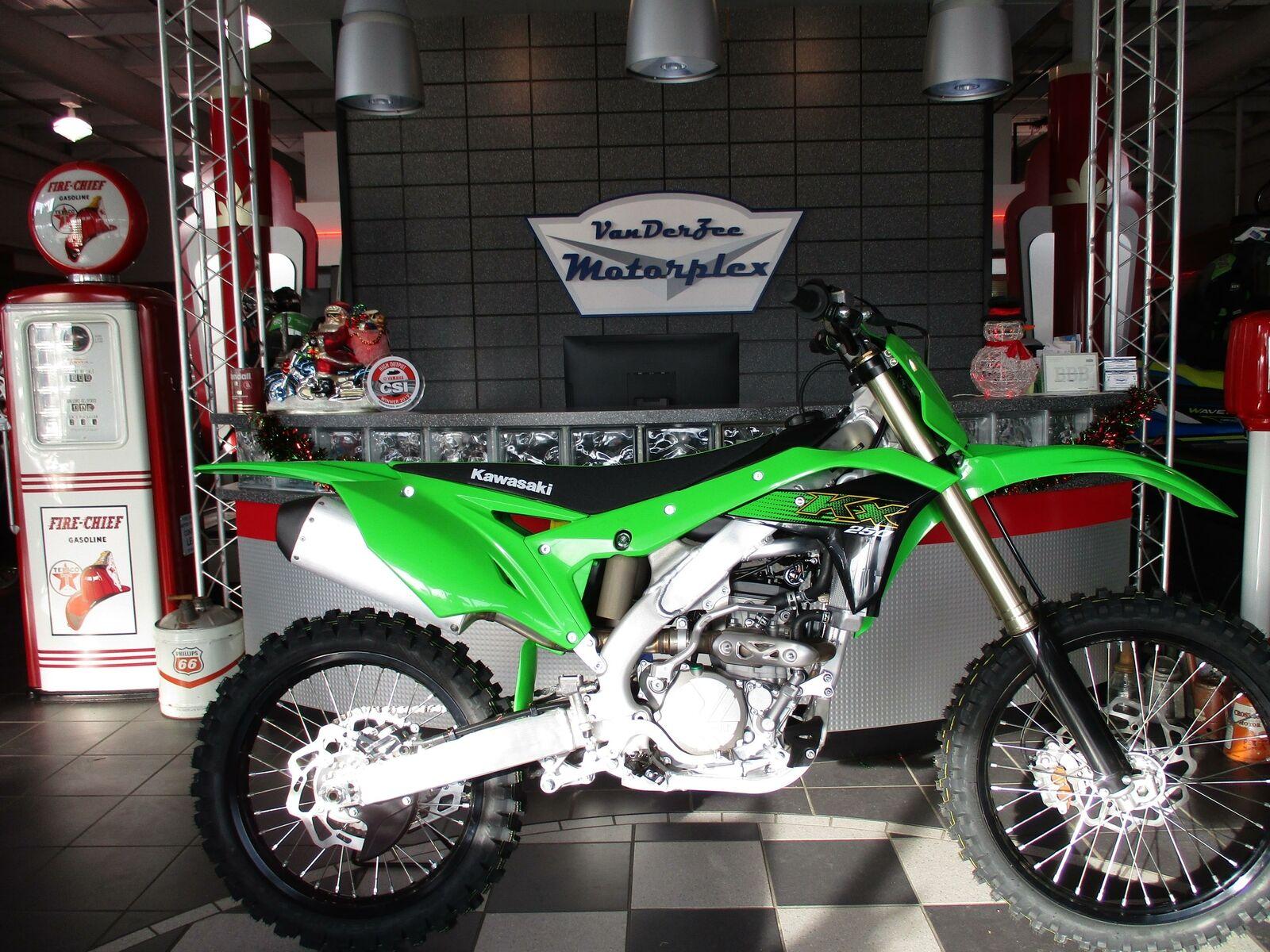 Picture of A 2020 Kawasaki KX 250