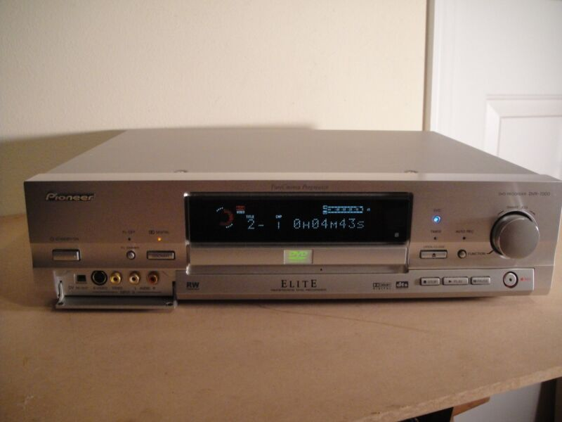 Pioneer ELITE DVR-7000 Recorder