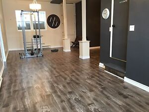 820 sqft Downtown Office or Retail Space! New Flooring!