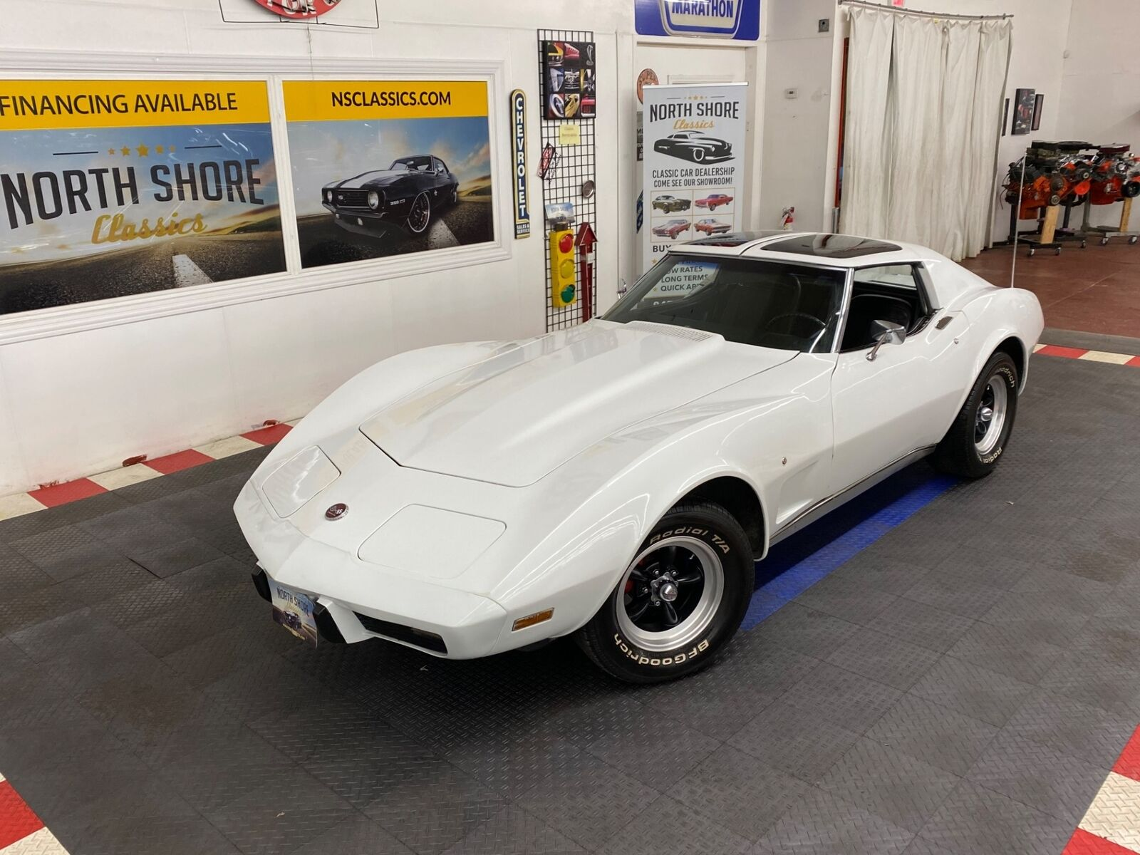 1975 White Chevrolet Corvette   | C3 Corvette Photo 1
