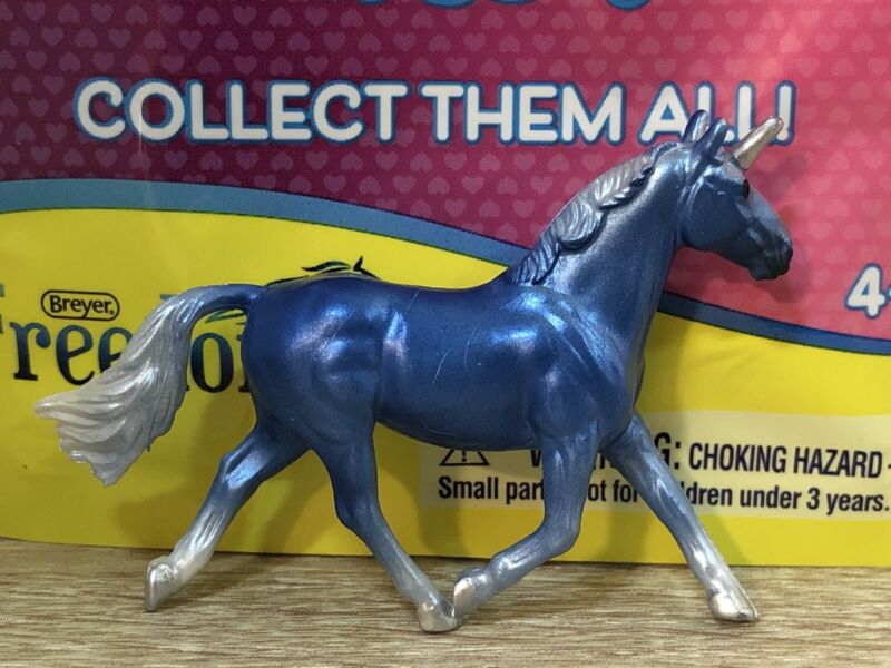 Breyer Mini Whinnies Unicorn Surprise - dark blue Cleveland Bay - Cosmo