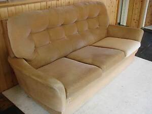 THREE SEATER LOUNGE (FLEUR) WITH TWO MATCHING ARMCHAIRS Broken Hill Central Broken Hill Area Preview