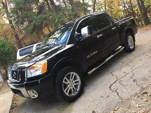 2011 Nissan Titan SL 4x4 CLEAN SAFETIED LOADED REMOTE START