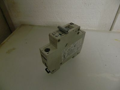 Allen Bradley 20 Amp Circuit Breaker 1492-SP1B200, Used, Warranty