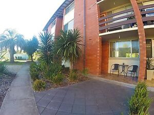 Room in 2 Bed Unit 5 mins from Jetty Rd Glenelg South Holdfast Bay Preview