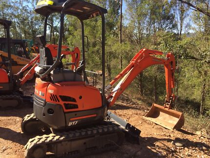 Mini excavator hire $175 per day.                 Nbn inducted.