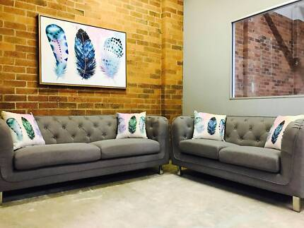 Chesterfield Sofa Lounge Set Suite Living Room TV Setting