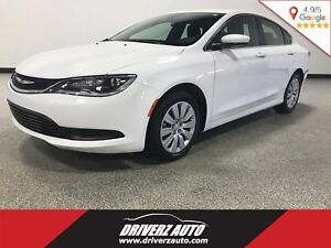 2016 Chrysler 200 LX CLEAN CARPROOF, KEYLESS ACCESS, USB