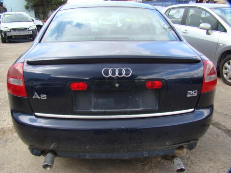 audi a6 rear bumper a6 c5 sedan has parking sensors 01. Black Bedroom Furniture Sets. Home Design Ideas