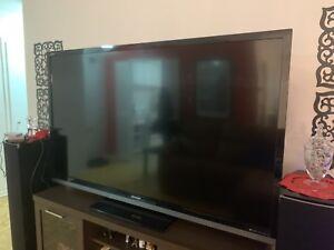 70 Sharp TV model: Lc-70le632u