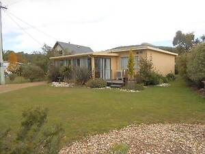 BRUNY OCEAN COTTAGE SHORT OR LONG TERM HOLIDAY ACCOMMODATION Adventure Bay Kingborough Area Preview