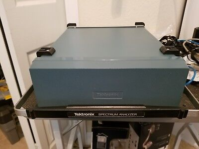 Tektronix 2711 Spectrum Analyzer With Manuals And Cover