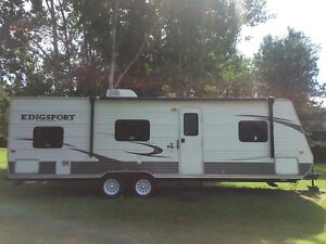 Kingsport Travel Trailer with Bunks