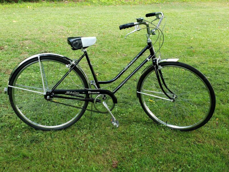 1965 Schwinn Breeze Deluxe Cruiser 3 Speed Bicycle Women