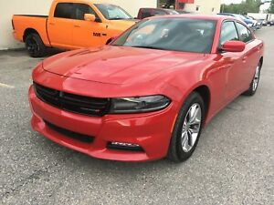 Dodge Charger Berline  SXT, traction arrière