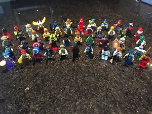 45 Lego mini figures with accessories - downtown ;