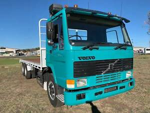 Volvo FL-7 6x4 Traytop/Tabletop Truck.Turbo Diesel,container pins Inverell Inverell Area Preview