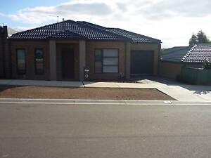 BENDIGO. Townhouse/Villa. Would be an ideal investment property. Kangaroo Flat Bendigo City Preview