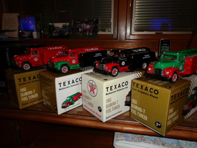Vintage 1997 Texaco Refinery Collector Set of 4 Limited Production Die-cast Truk