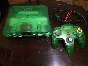 Jungle Green N64 bundle / Funtastic Nintendo 64