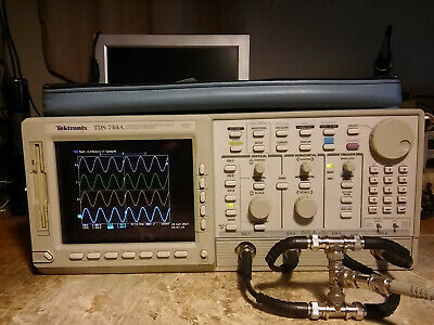 Tektronix 4 Channel Tds744a 500mhz 2gsas Oscilloscope 13 1f 1m 2f