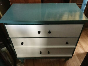 Jade dresser - 1 available