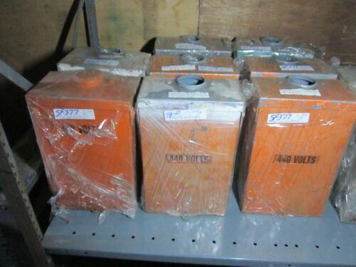 """1 Square D Nema 3r Circuit Breaker Enclosure Only Fal 0-100a  14""""l X 9""""w X 5""""d"""