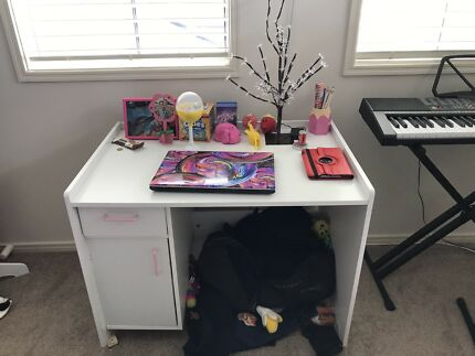 Girls bedroom suite - Desk/Tall Boy Drawers/Dressing table