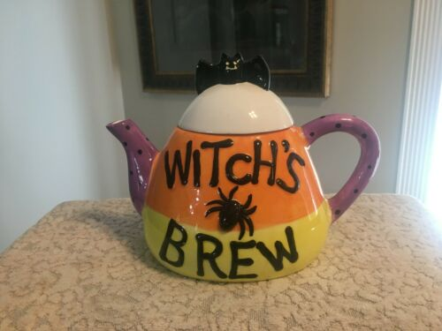 BRAND UNKNOWN WHIMSICAL CERAMIC CANDY CORN WITCH