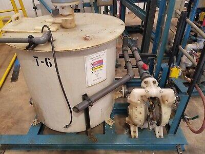 Skid Mounted 650 Gallon Fiberglass Storage Tankwpump-chemoil Good Condition