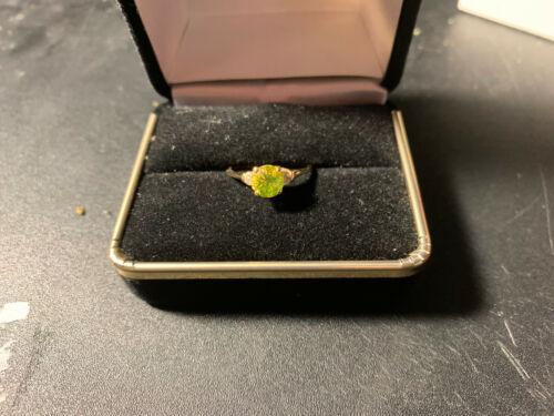 Gorgeous Yellow Diamond Ring