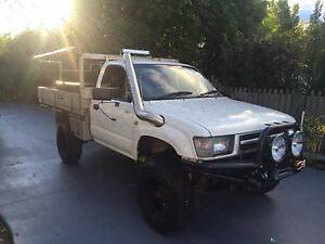 1999 Toyota Hilux 4x4 Kenmore Brisbane North West Preview
